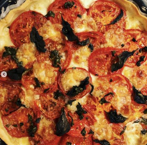 Tarte tomates, mozzarella, basilic, bar à salades, Villeurbanne