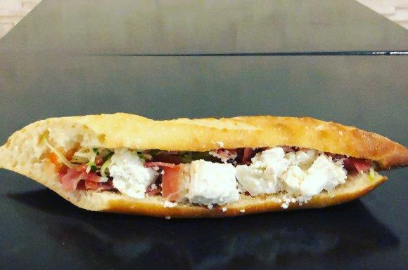 sandwich sur mesure, bar à salades à villeurbanne