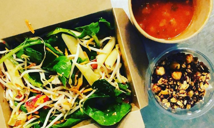 salades, bar à salades, a emporter, produits locaux, villeurbanne